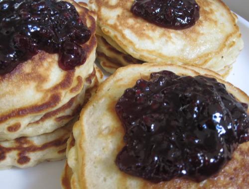 Almond-Oat Pancakes